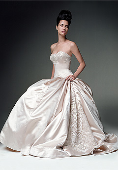 Wedding Dress Designers List on Wedding Dress Designers   Famous Wedding Gown Designers List