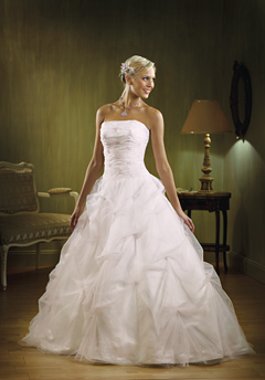 raylia designs wedding dress